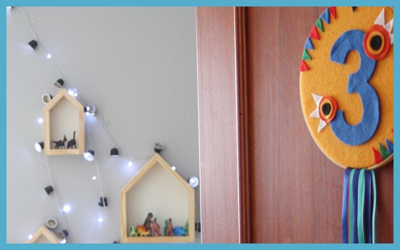 Festejo In Box: reuso (decoração na porta e luzes no quarto)